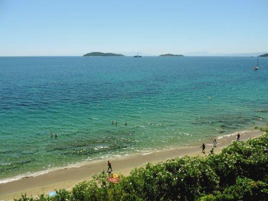 Megali Ammos Beach: Megali Ammos, vista verso il sud dell'isola