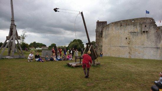 Château fort de Saint Jean d'Angle : DSC_000037_large.jpg