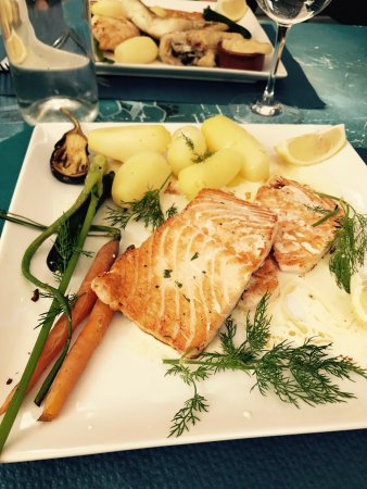 Restaurant le lamparo dans brive la gaillarde avec cuisine - Cuisine brive la gaillarde ...
