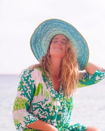 Holetown, Barbados: Cool cotton beach dresses