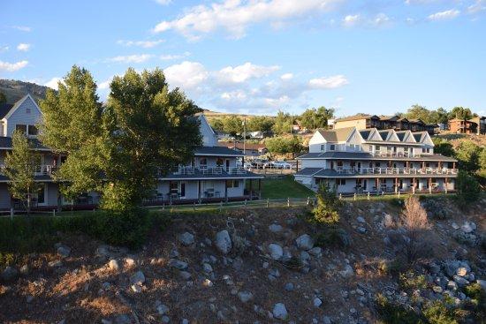 Yellowstone's Absaroka Lodge: Lodge
