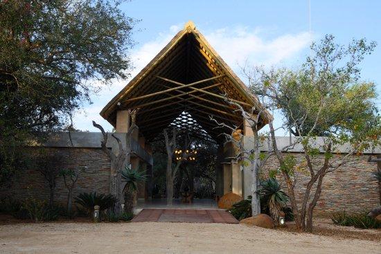 Kapama Southern Camp: Southern Camp entrance