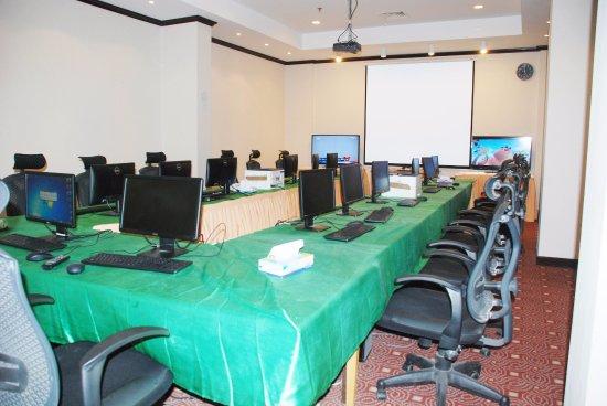 Gloria Inn Najran: Meeting room