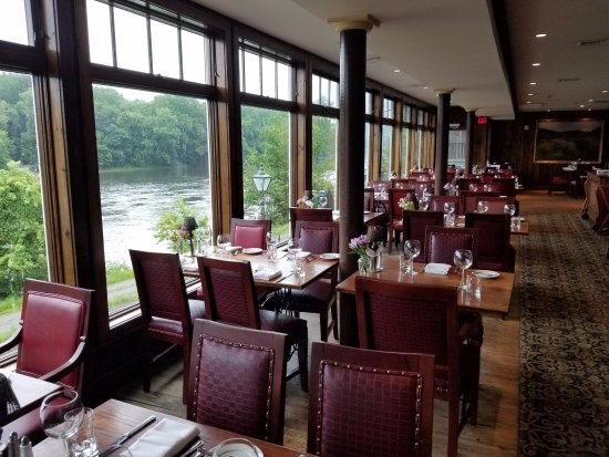 Black Bass Hotel Restaurant: Main dining room