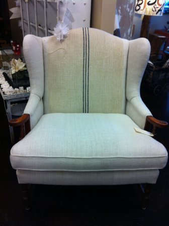 Bellevue, WA: Vintage Furniture