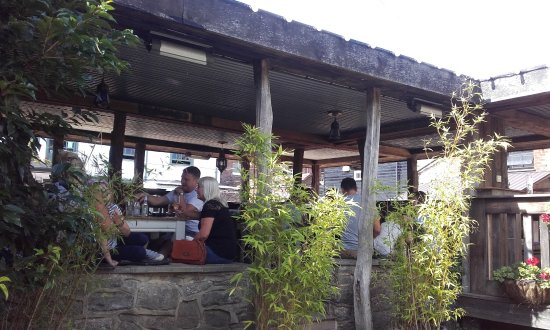The Farm House Restaurant: The covered outside area