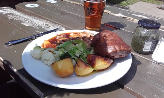 The Farm House Restaurant: Roast lamb