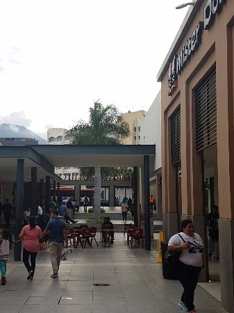 Metrocentro Mall