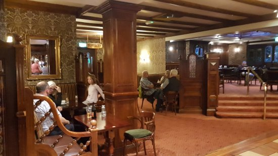 Newcastle West, Irlandia: 20170808_212318_large.jpg