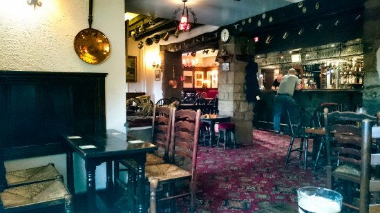 Upper Hulme, UK: Local pub 'Ye Olde Rock Inn'