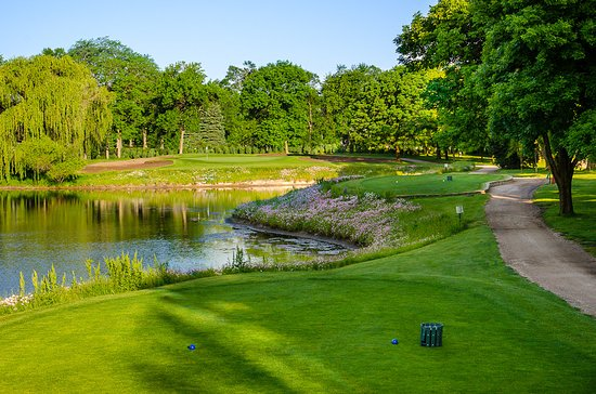 Bensenville, IL: East course, hole #11, par 3