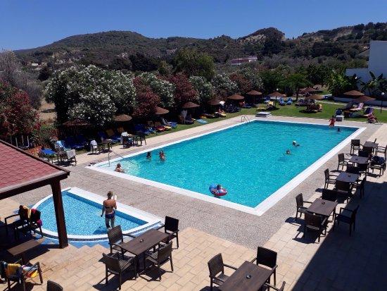 Vallian Village Hotel: photo1.jpg