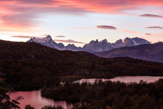 Patagonia Camp: Camp sunset view