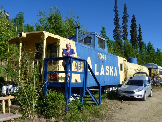 The Aurora Express: Our Golden Nellie Caboose