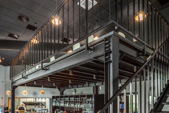 Mezzanine Restaurant & Cafe照片