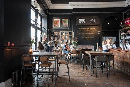 framptons cafe bar kitchen bath restaurant reviews. Black Bedroom Furniture Sets. Home Design Ideas