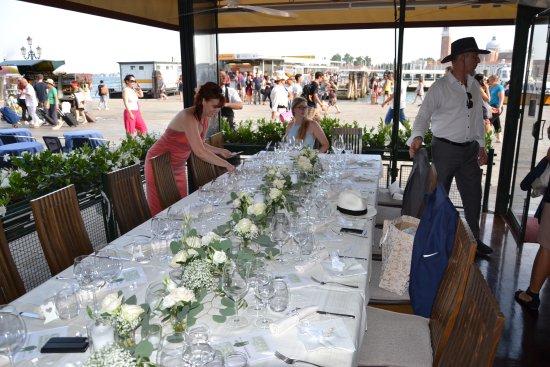 Hochzeitstisch Deko Selbst Arangiert Picture Of Ristorante