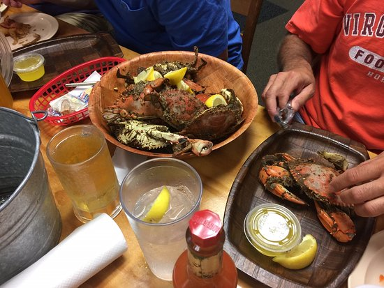 Salter Path, NC: Steamed Crabs