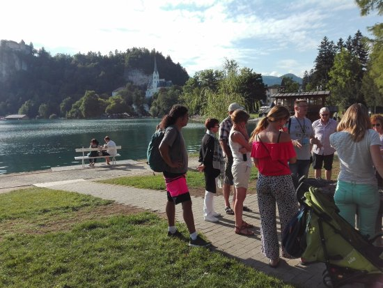 Free tour Bled by Niko Guiding : At the lake