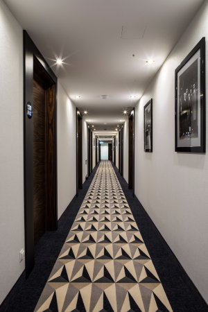 Inx design hotel krak w polen omd men och for Designhotel 21