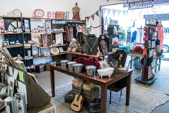 Perry, GA: Boho Chic Gifts