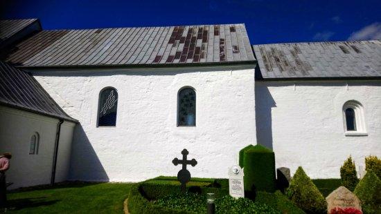 Jelling, Denmark: DSC_0966~2_large.jpg