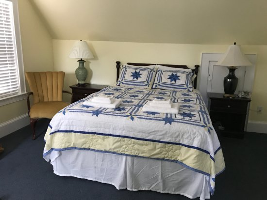 Blue Anchor Guesthouse: Our very comfortable bed