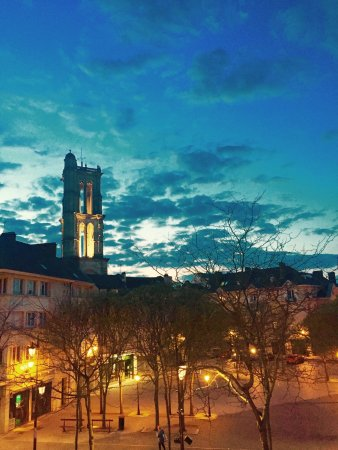 Mantes-la-Jolie, France: photo1.jpg