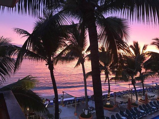 Las Palmas by the Sea: photo1.jpg