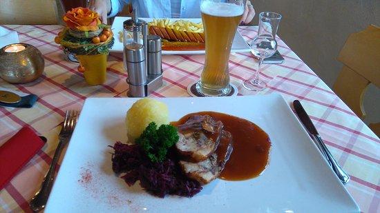 Halblech, Germany: Schweinbraten