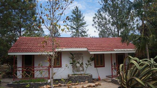 Pine Ridge Lodge : one of the bungalows