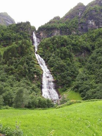 Vik Municipality, Norway: Botnafossen