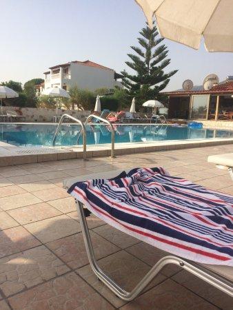 Paradise Apartments on the Beach (Alykes, Greece) - Inn ...
