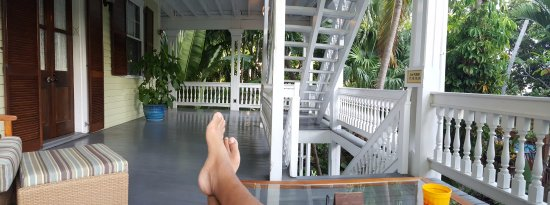 Island City House Hotel: Some rooms have private balcony seating. I highly recommend getting a room with one.