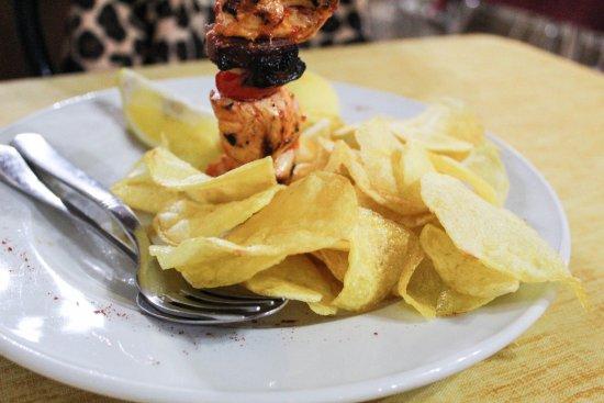 O Paco Ducal Vila Vicosa: Espetada com Batatas Fritas às Rodelas