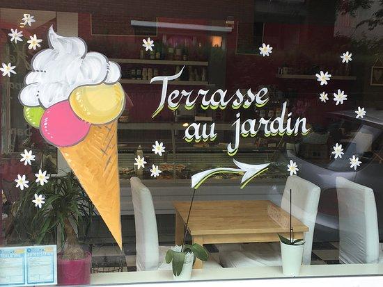 Auderghem, Belgium: Une ptite glace maison 🍦🍦🍦🌞 venez les découvrir 😀