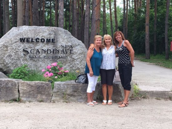 Scandinave Spa at Blue Mountain: My mom, bff & sister sharing the experience with me!!