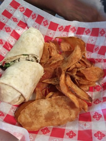 Sunbury, OH: Tavern Wrap with grilled chicken