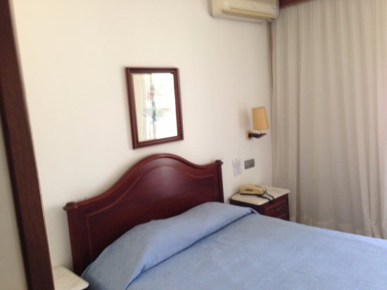 Hotel Vice Rei: Chambre simple mais propre et confortable (ici, en solo)