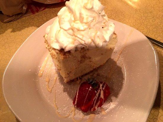 Delavan, WI: Fluffy Cheesecake