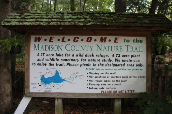 Madison County Nature Trail-Green Mountain: Entrance Sign