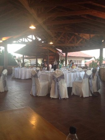 VH Gran Ventana Beach Resort: Wedding reception set up