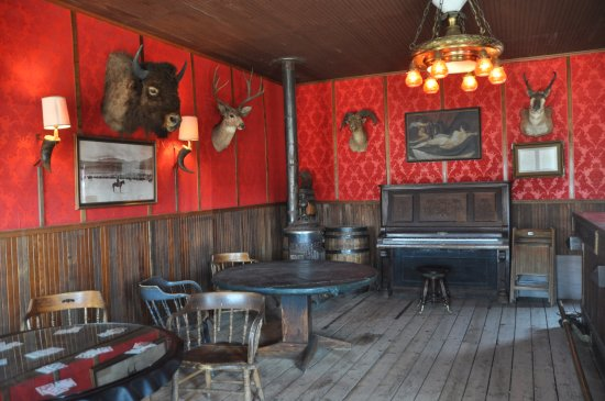 Old Trail Town: saloon