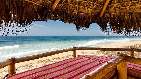 Villa Santa Cruz: Beach front Palapa