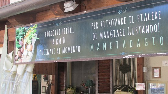 Colfiorito, Italy: insegna