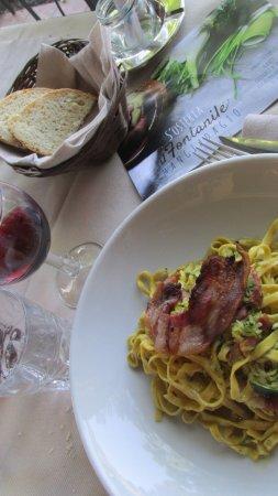 Colfiorito, Italy: tagliatelle con zucchine e guanciale