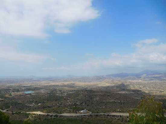 Busot, Espagne : leuke kijk over het dal