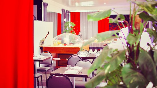 Change, Frankrike: Restaurant