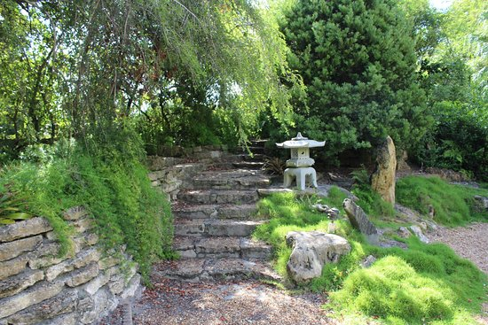 Japanese garden - Picture of Heathcote Botanical Gardens, Fort ...