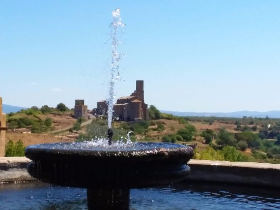 Parco Torre di Lavello: Vista di S.Pietro dalla terrazza del Parco